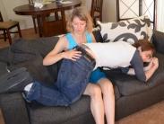 spanking-mom (4)