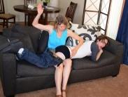 spanking-mom (5)