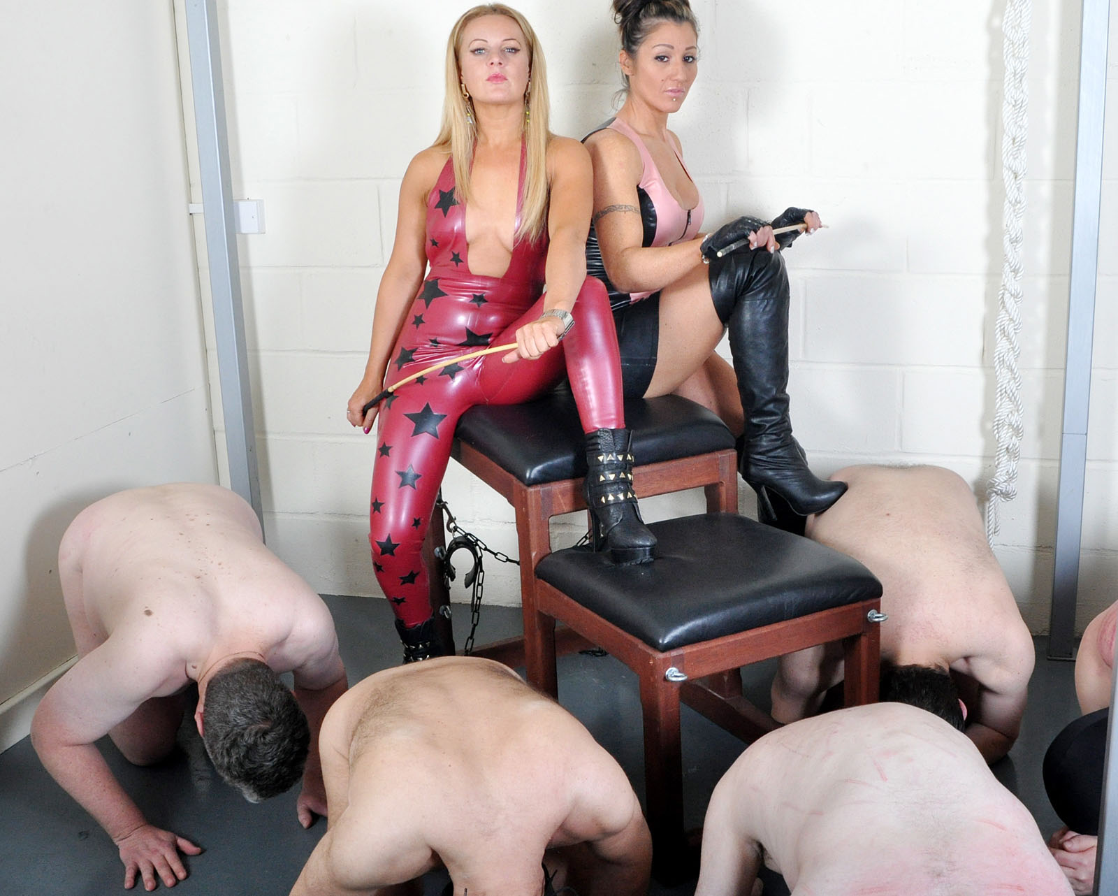 femdom-leased-slave-free-thumbs-stepmother-milf-sex-video